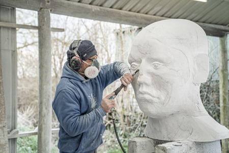 William Peers carving 'Origin VI', 2021